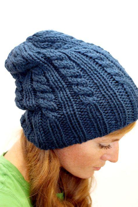 Este listado está para un patrón tejer.    Elizabeth es un acogedor sombrero con cable que puede ser usado slouchy o con el borde enrollado. Tejidos