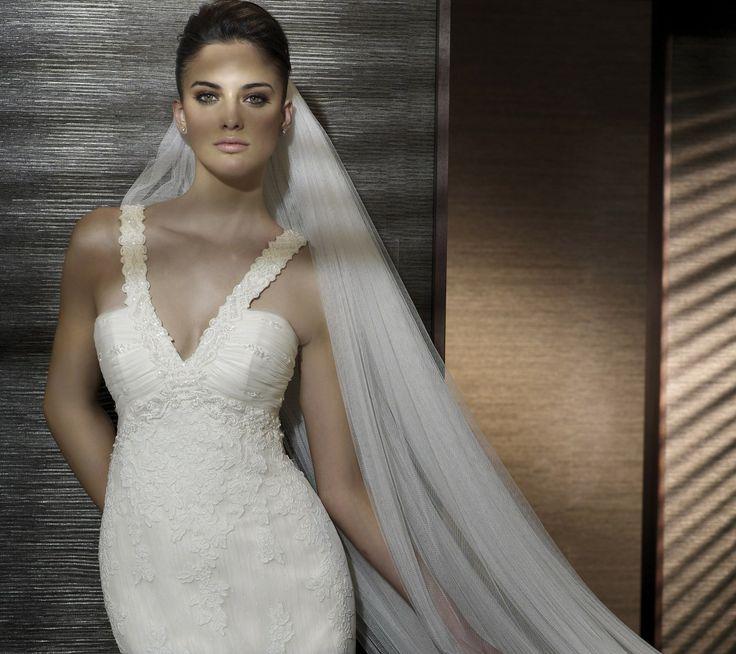 Casandra - Kifutó modellek - Esküvői ruhák - Ananász Szalon - esküvői, menyasszonyi és alkalmi ruhaszalon Budapesten