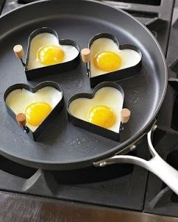 So cute! Heart-shaped eggs for Valentine's Breakfast