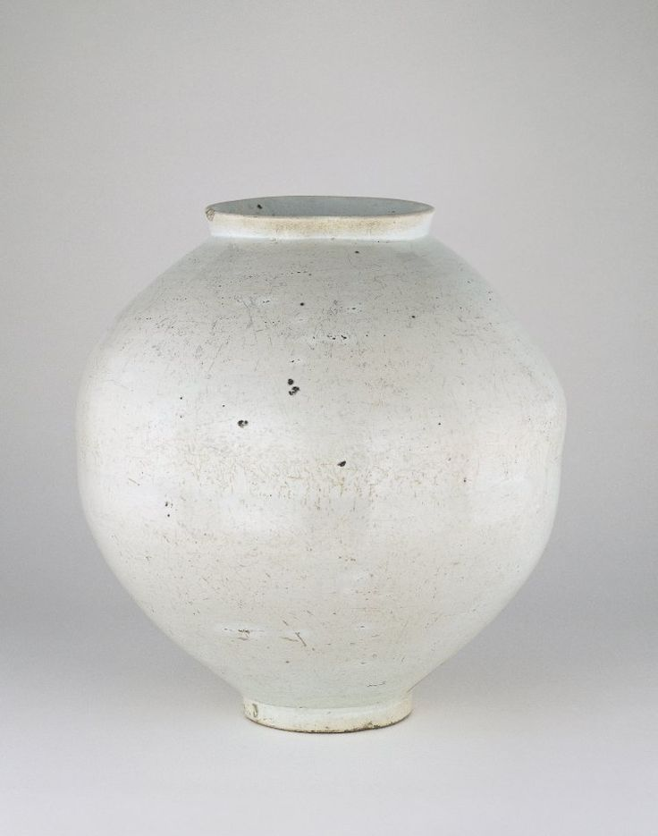Korean moon jar