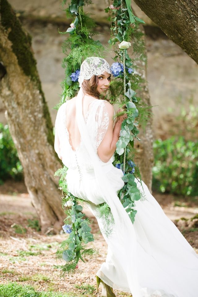 Flower decorated wedding swing | Cat Hepple Photography and @FRweddingstyle | see more on: http://burnettsboards.com/2014/06/romantic-french-boho-elopement/ #romantic