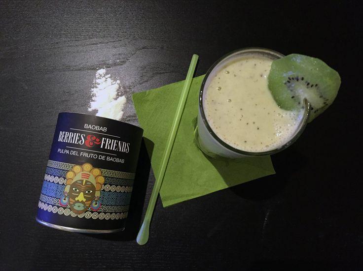 Smoothie de Baobab. Disfruta de un saludable batido de Baobab con mango y plátano. Pocas veces algo tan sencillo puede ser tan sabroso.