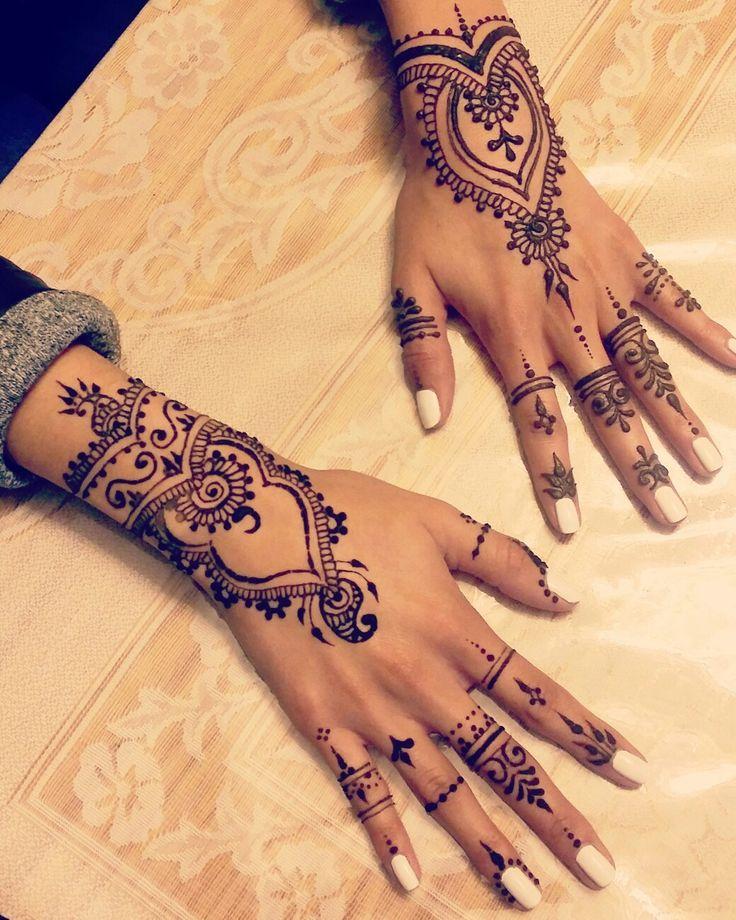 Requested by clients, modified to their liking!   Follow me on instagram! @Hennabybh   #henna #hennaddesign #mehndi #mehndidesign #hennaart #hennaartist #hennainspire #mehndiart #mehndiartist #torontoartist #toronto #desi #hennabybh #eid #bakraeid #tattoo #arab #arabhenna #arabichenna #simplehenna #wedding #hennaartist