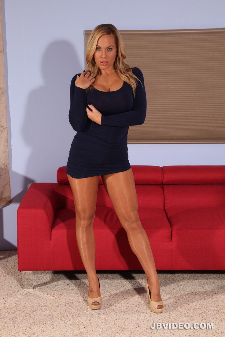 Nylon Legs Video 84
