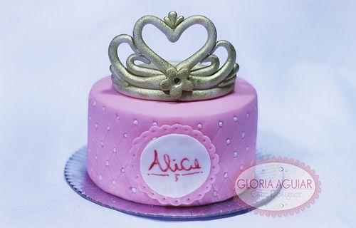 Mini Bolo Princesa, coroa de açúcar