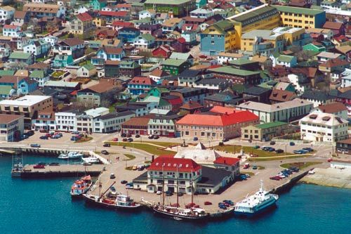 St. Pierre et Miquelon - French Islands off the coast of Eastern Canada.  Such pretty and colorful houses!
