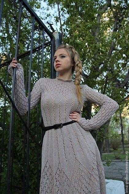 Купить или заказать Платье вязаное 'Мечтательница' в интернет-магазине на Ярмарке Мастеров. Нежное, романтичное, ажурное платье для похода в театр или художественную галерею. Платье выполнено из итальянского кашемира с добавлением шелка, может быть выполнено в данном, хвойном и нефритовом…