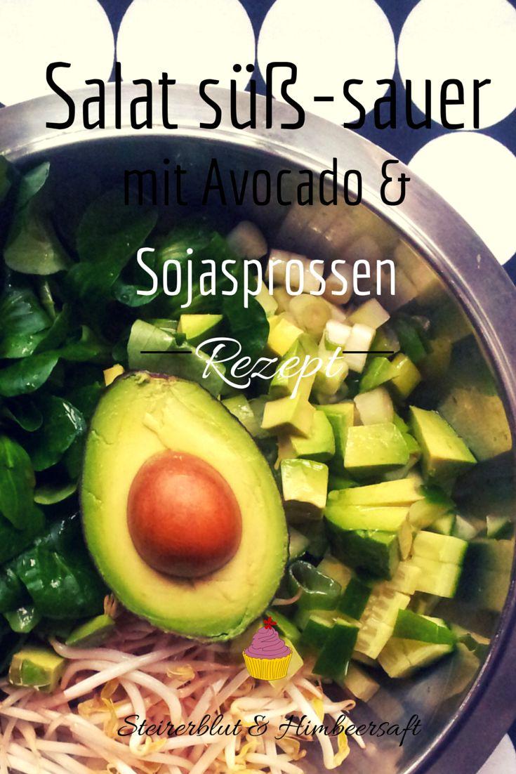 Grüner Salat Süß-sauer mit Avocado und Sojasprossen - vegan