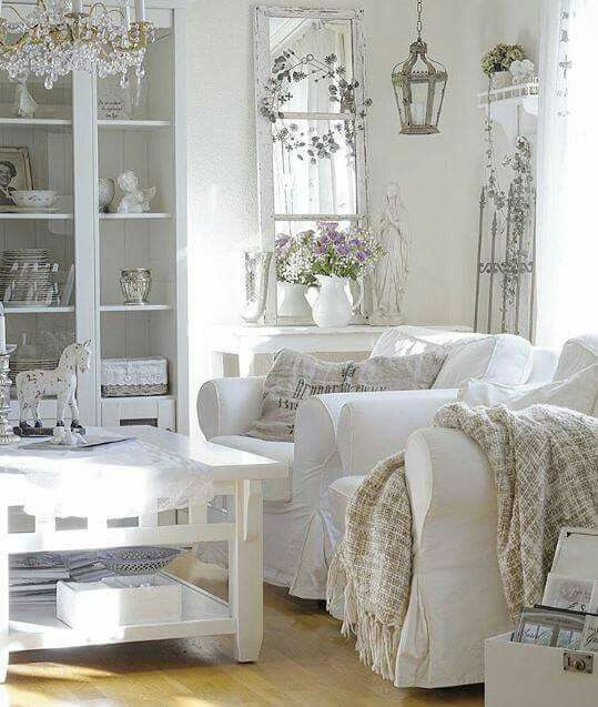 More Shabby Chic Halloween Interior Decor Ideas: Best 10+ Shabby Chic Salon Ideas On Pinterest