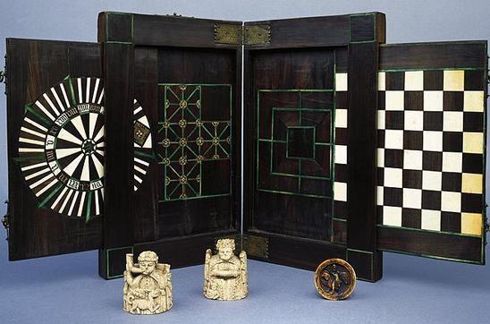 Games box, late 15th C. Musée National du Moyen Âge