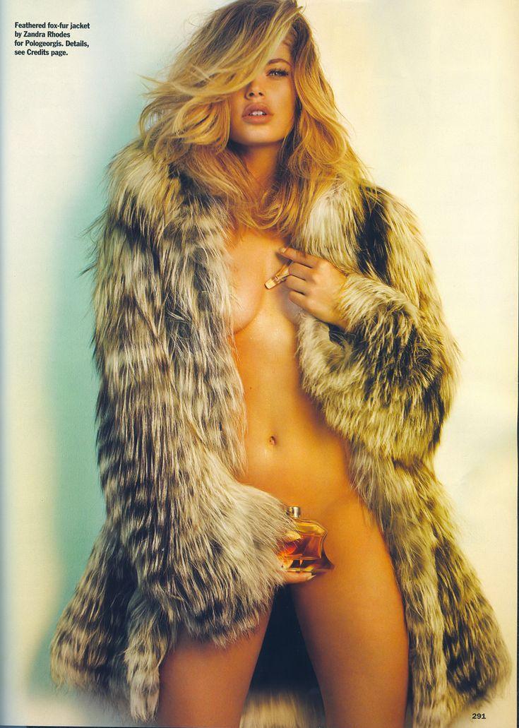 Nude Woman In Furs 57
