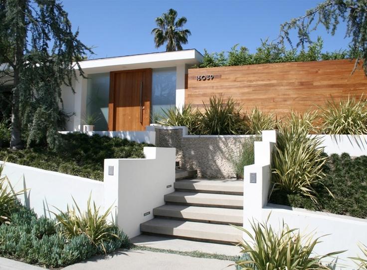 Orange Street Studio With Images Modern Landscape Design Modern Landscaping Modern Entrance