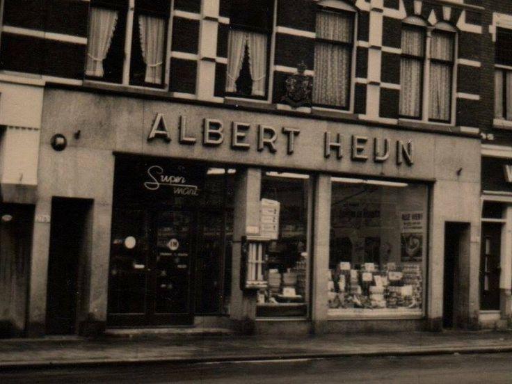 #supermarkt/#kruidenier Eerste Albert Heijn in Rotterdam, Nieuwe Binnenweg 25 mei 1955  www.vivier.nl