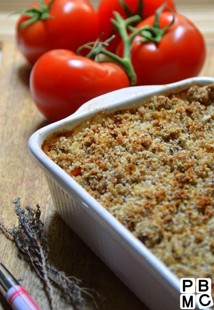 Crumble de tomates et sardines Ingrédients (4 pers) : 1 boite sardine 5 càs de chapelure 1 càs Moutarde forte Amora 500g de tomates 1 filet d'huile d'olive Quelques herbes de Provence