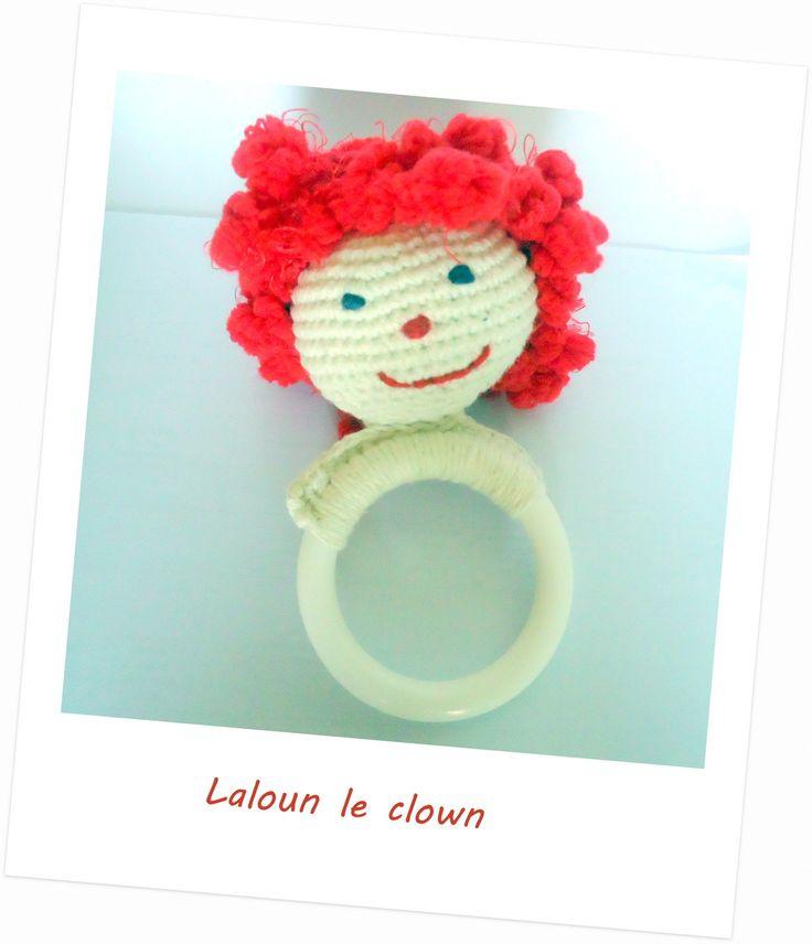 Hochet, jouet bébé clown rigolo : Jeux, peluches, doudous par les-layettes-de-mamounette