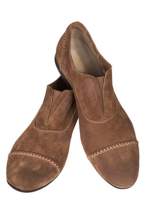 Cómo teñir zapatos de gamuza