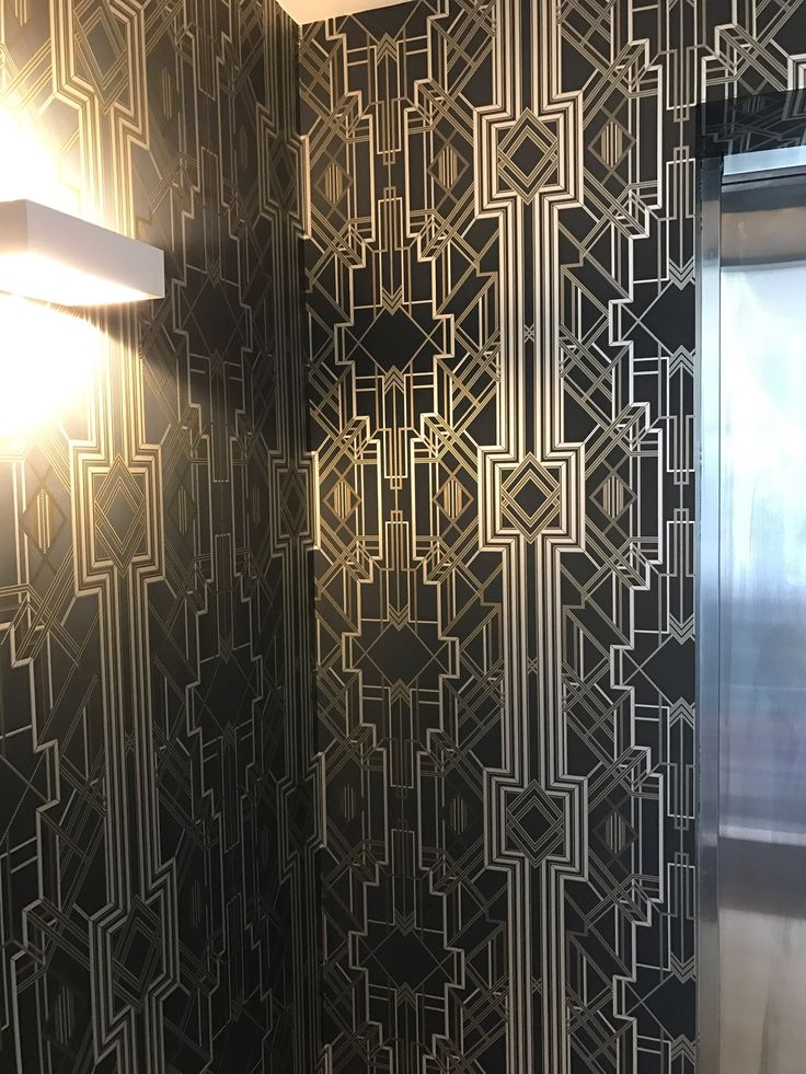 Catherine Martin Wallpaper Great Gatsby 1920 S Style Black And Gold Wallpaper Make A Statement Gold Wallpaper Wallpaper Decor