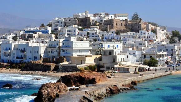 NAXOS: Vakre Naxos med sine hvite hus kommer garantert til å gi mersmak.
