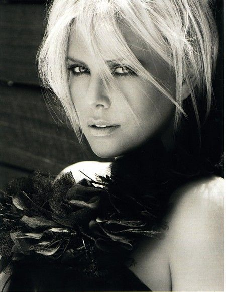 Charlize Theron- The most beautiful woman on the planet. It's not possible to look better than this woman. Bitch.