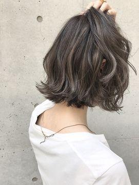 【2017年夏】《SHIMA×望月》切りっぱなしボブ×外国人風ハイライト/SHIMA KICHIJOJI 【シマ キチジョウジ】のヘアスタイル|BIGLOBEヘアスタイル