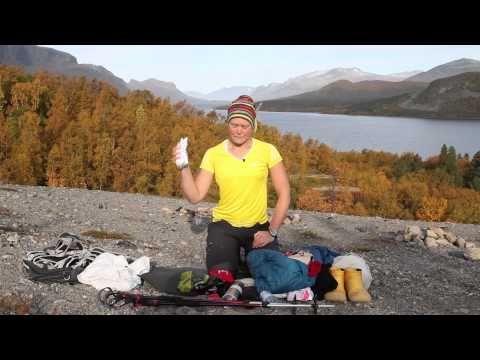 Klä dig och packa rätt på fjällvandringen - YouTube