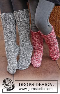 "DROPS Christmas: Knitted DROPS socks with rib in 2 strands ""Fabel"". Size 29 - 46. ~ DROPS Design"