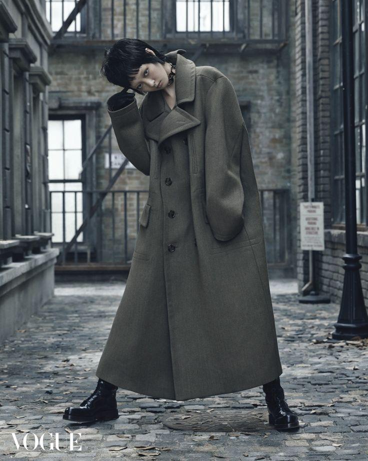 Style Korea: The Art of Korean Fashion • Kang So Young for Vogue Korea November 2015....