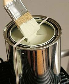 23 Life Hacks Every Girl Should Know - Banish Messy Spills by Placing a Rubberband on a Paint Can - Life Hacks and Creative Ideas