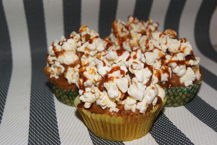 Cupcakes de palomitas con caramelo salado
