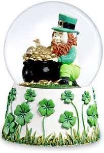 St. Patrick's Day Snow Globe