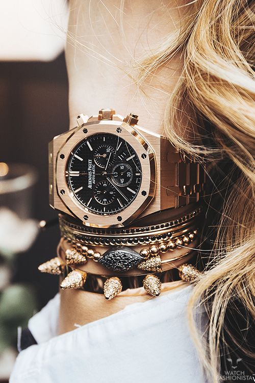 Rose gold stack
