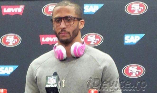 Un jucator de fotbal american este amendat cu 10.000$ deoarece purta castig Beats in timpul unui interviu