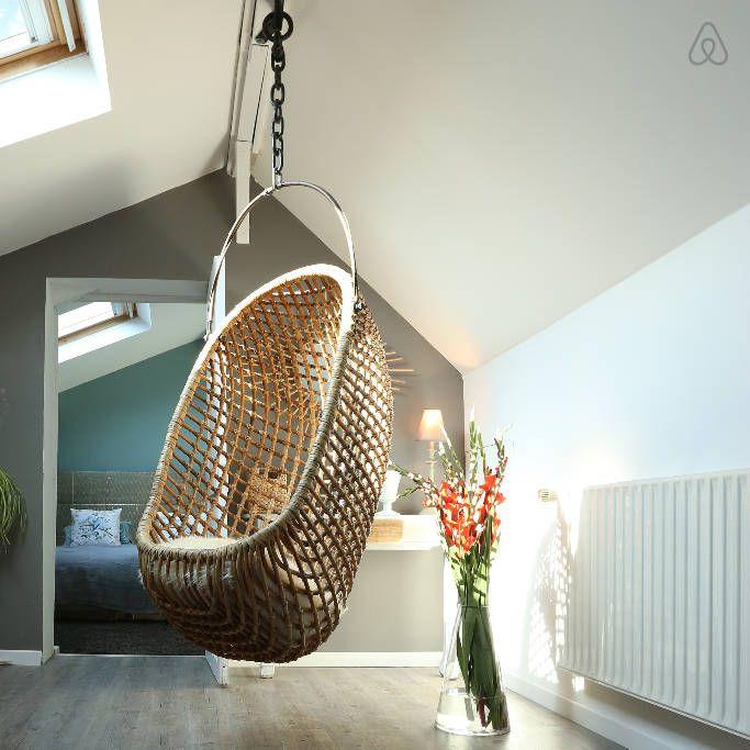 Regardez ce logement incroyable sur Airbnb : La Grange aux Oiseaux - maisons for Rent à Anstaing