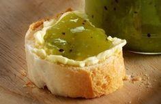 Stachelbeer-Kiwi-Mango-Konfitüre Rezept: g,Stachelbeeren,Kiwis,Mango,Gelier-Rohrzucker