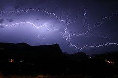 Larga exposicion (Esteban Escudero) Tags: tormenta relmpago nalda peabajenza por Estebanescu #nalda #estebanescu #relampago #rayo #foto #photo