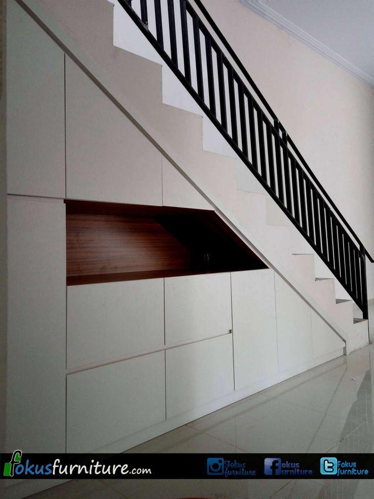 Lemari bawah tangga minimalis ciracas