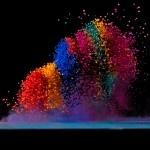 Fabian Oefner: dancing colors – making sound waves visible