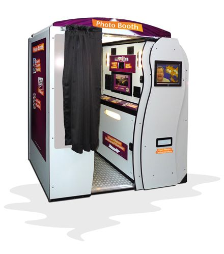 Green Screen Photo Booth - Special Effect Photo Booth - Green Screen Photo Booth for rent - San Francisco - California Photo Booth