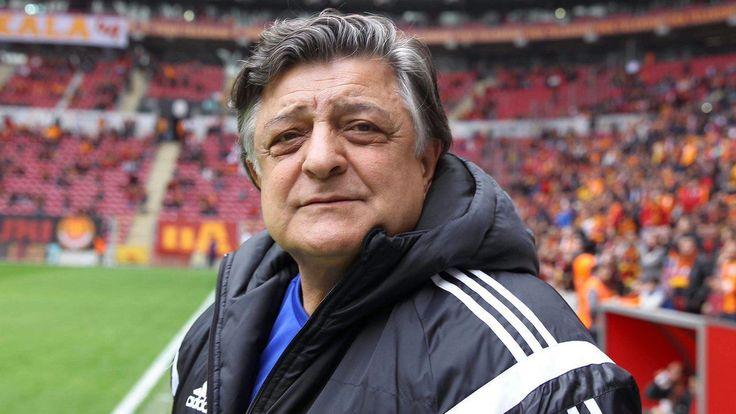 Kurtar Bizi Yılmaz Vural - TFF 1. Lig'de zor günler geçiren Eskişehirspor teknik direktörlük için Yılmaz Vural ile görüşmelere başladı.  Spor Toto 1. Lig'in 29'uncu haftasında Eskişehirspor sahasında Balıkesir Baltok karşısında 3-1 mağlup oldu. Maçın ardından açıklamalarda bulunan Eskişehirspor Teknik Direktörü Yücel İdiz, - http://bit.ly/2Jdx7MP