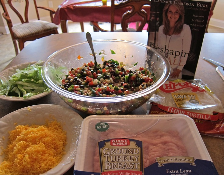 Simple and healthy turkey tacos from Candace Cameron Bure.