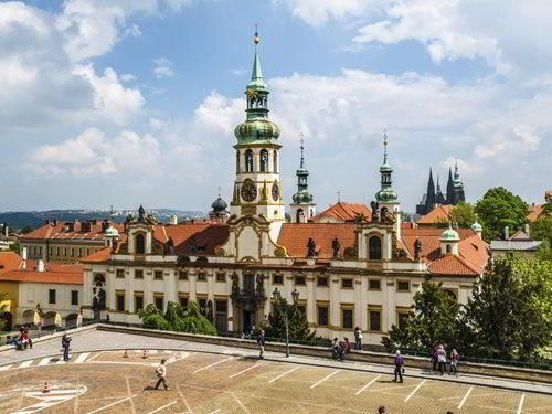 Loretánské zvonky lákají na návštěvu pražské Lorety
