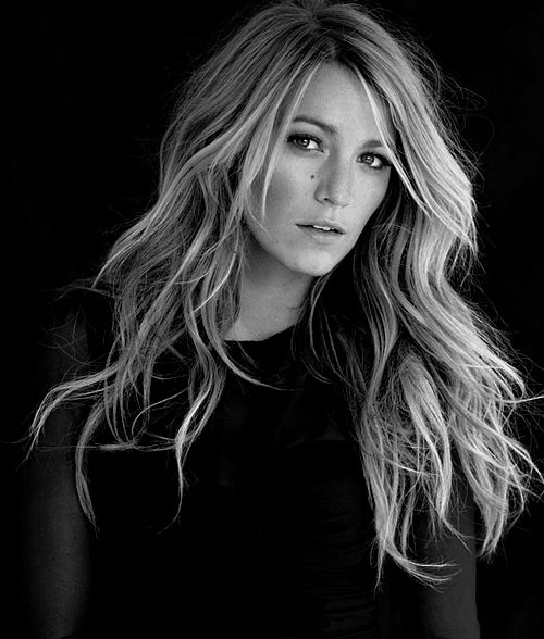 "Blake Lively (Born: Blake Ellender Lively - August 25, 1987 - Los Angeles, CA, USA) as Serena van der Woodsen on ""Gossip Girl"""