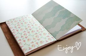 Hey paper nerd! Today I want to show you how you can make your own little notebooks for your Midori Traveler's Notebook /fauxdori. There's also a couple of free printable inner pages for you further down. Let's get crackin'! What you'll need Inner pages Use paper from a paper pad, blank printer paper, design your own …