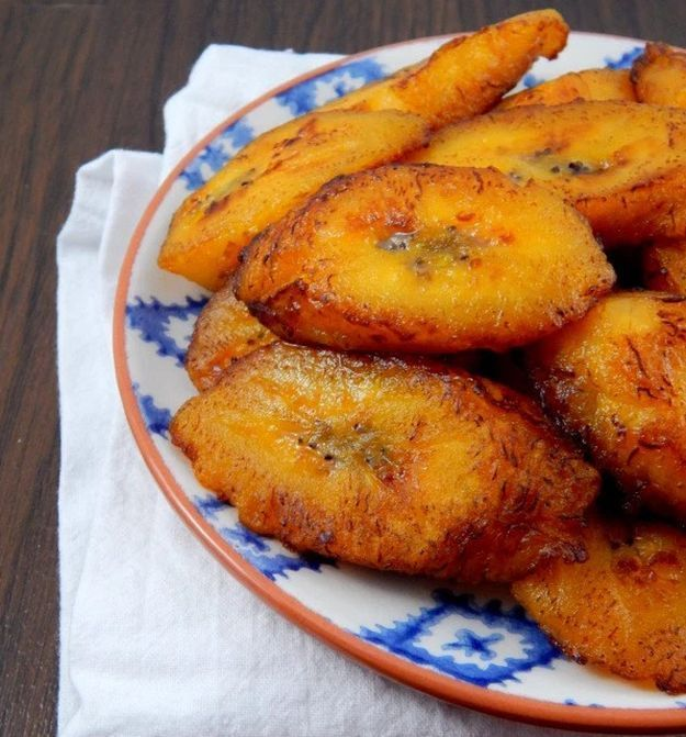 Platanos Maduros (Sweet Fried Plantains) | 10 Puerto Rican Desserts To Give Your Life Some Flavor | Homemade Recipes | https://homemaderecipes.com/10-puerto-rican-desserts/