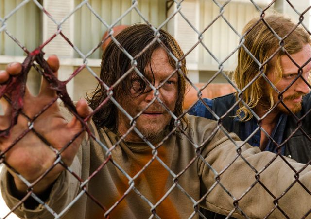 The Walking Dead S7: Daryl Dixon  (Norman Reedus) and Dwight (Austin Amelio) in Episode 3 'The Cell' - Photo by Gene Page/ AMC