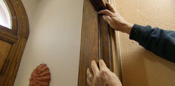 This Old House general contractor Tom Silva shares his fast fixes for a drafty door