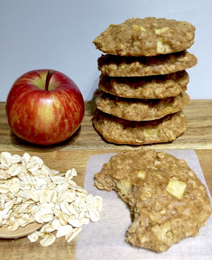 ✔️ 20.06.2016 healthy oat and apple cookies These are sooo yummy! I made them with olive oil, 2 tblsp golden syrup and mixed spice and they were amazing! Didn't flatten out like the pic but that didn't matter. Yum!!!