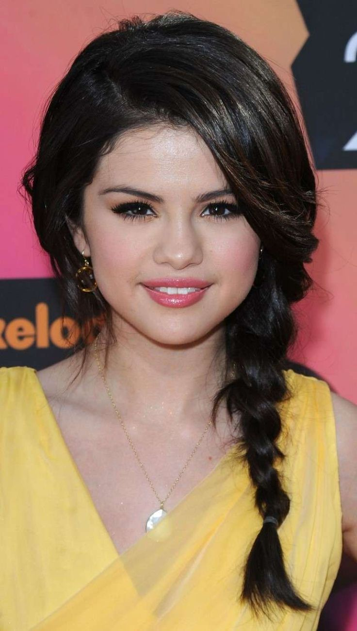 Cute Straight Hairstyles For Homecoming Prom - http://sdyxt.com/cute-straight-hairstyles-for-homecoming-prom.html