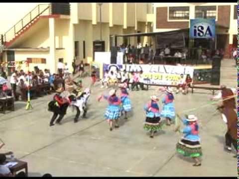 Peru - procession dance ! CARRERA DE CINTAS-SUMAC PERU-DANZA-PRODUCCIONES ISA-ANCASH - YouTube