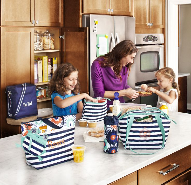 In the kitchen and on the go Thirty One Spring 2014   www.mythirtyone.com/ChrisCina